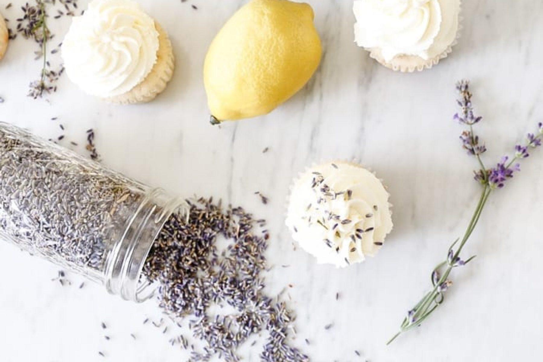 lavendar-vanilla-cupcake-recipe-x-afternoon-espresso-blog-5