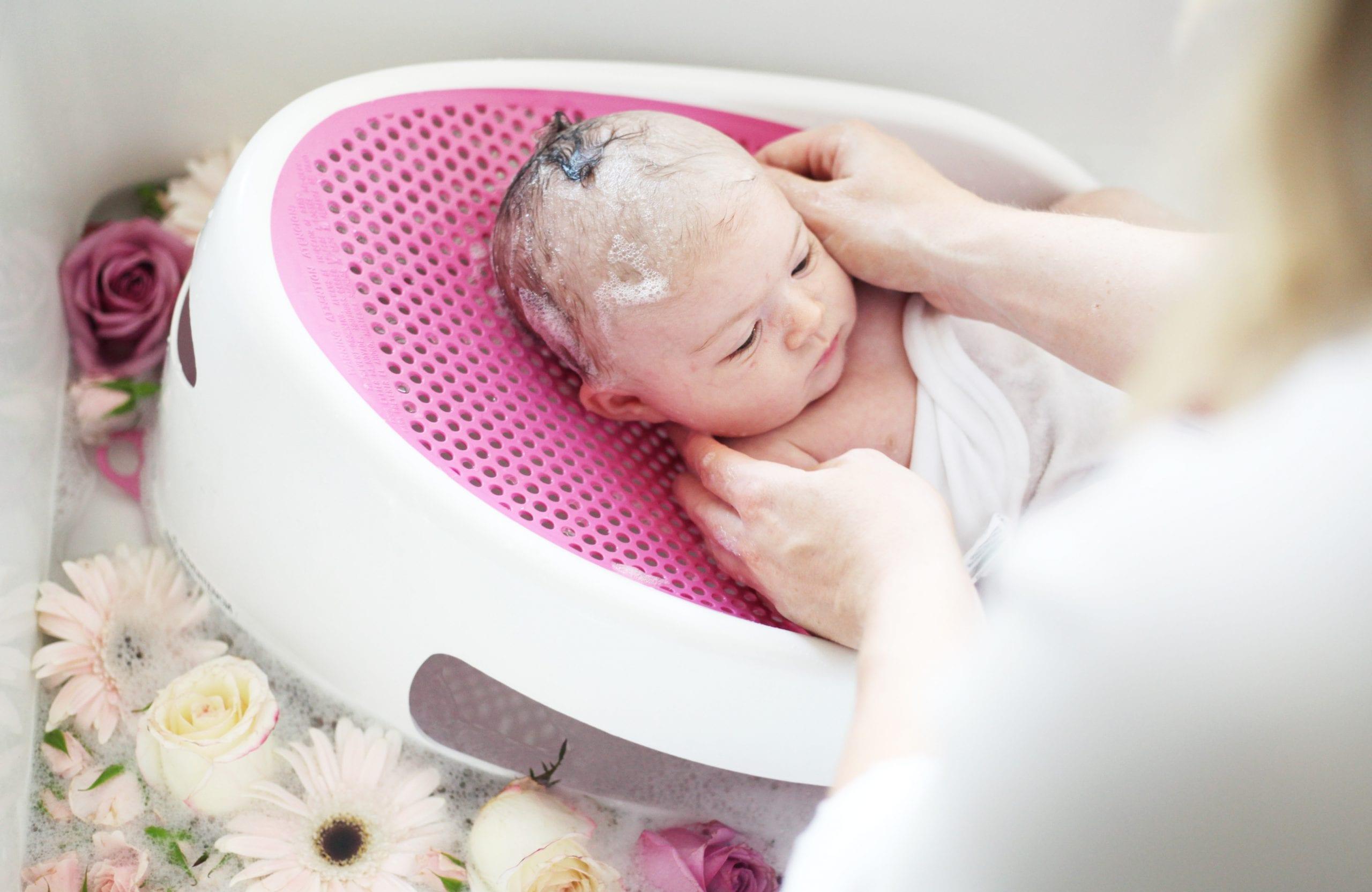 Newborn Essentials- Angelcare Bath Support