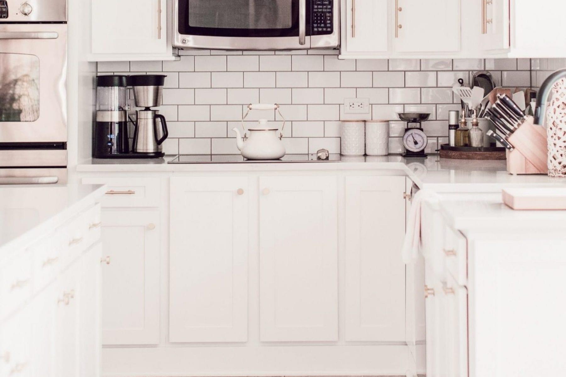 Afternoon-Espresso-Anniversary-Sale-Kitchen-Reveal-Farmhouse-Kitchen-Fixer-Upper-Kitchen-88-of-9
