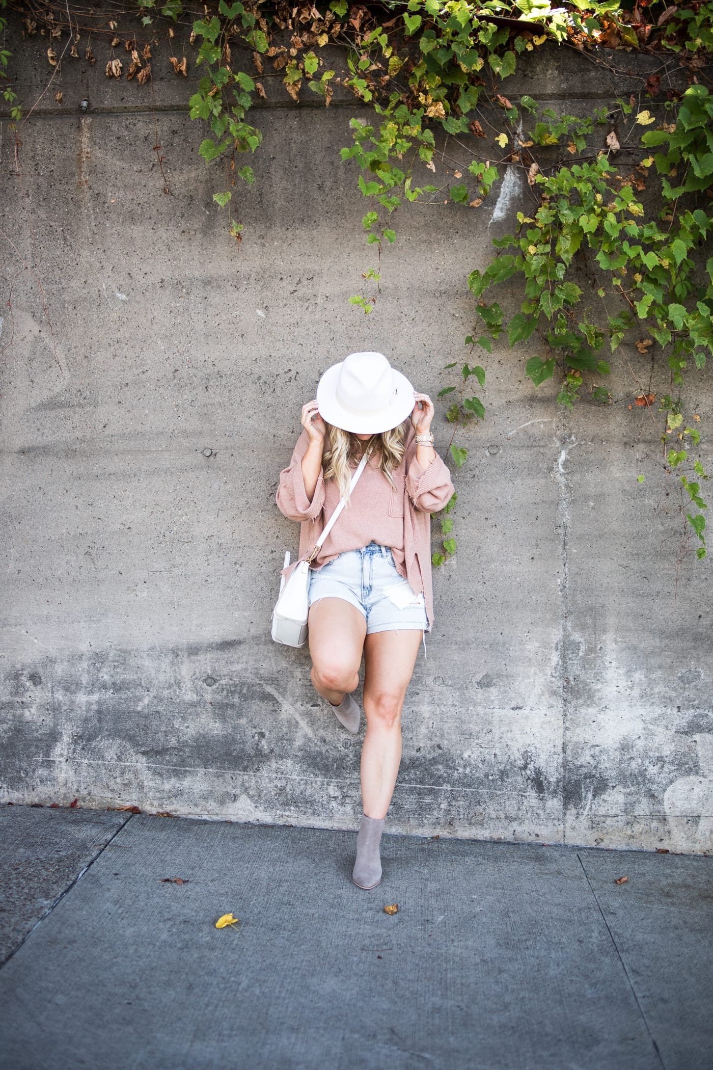 transitiong my closet- fall transition pieces- Marc Fisher Booties- Free People Sweater- White Wide Brim Hat