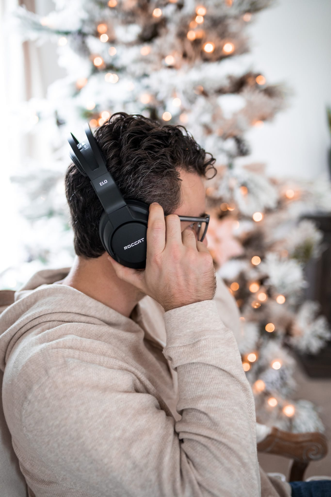 Gift Guide for the men- afternoon espresso- gifts for guys - gaming headset