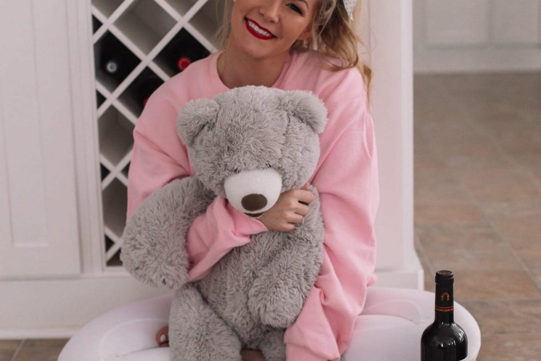 Afternoon Espresso Valentine's Day Gift Guide - Ashley Pletcher-5
