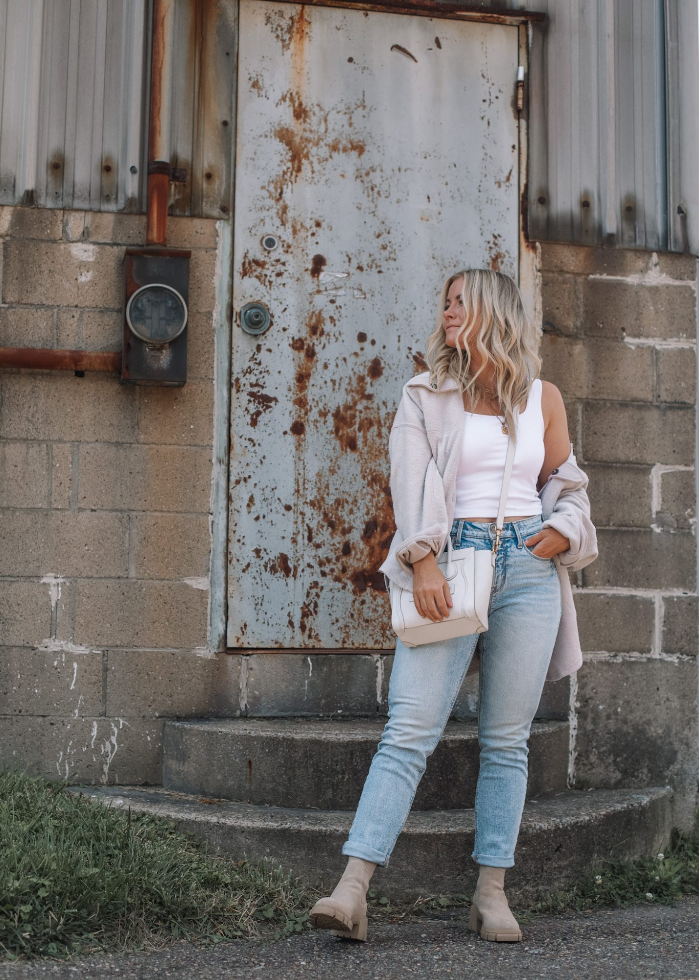 Cozy Button Down Shacket- Fall Essentials- Fall Layers- Ashley Pletcher- Fall Fashion- Mom Fashion- High Rise Jeans